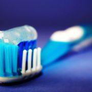 Bio-dentifrici per denti e gengive naturalmente sani